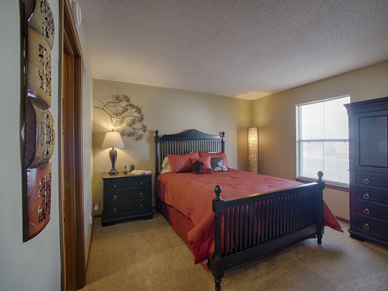 Bedroom | 2 Bedroom Apartments in Merriam, KS