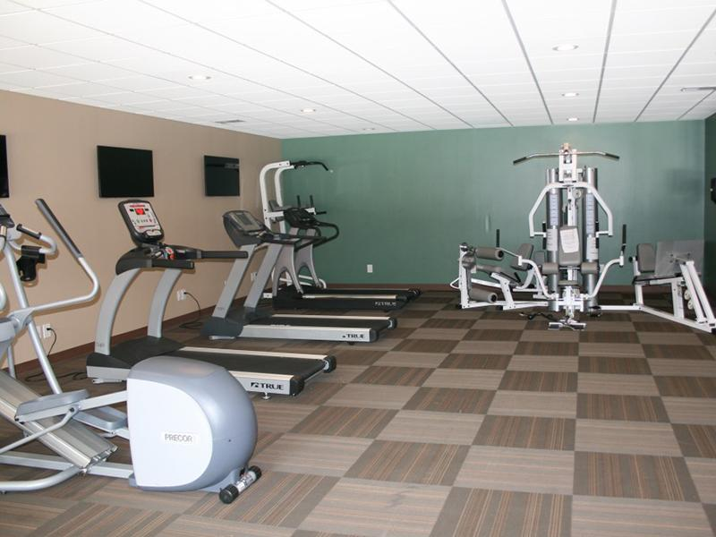 Gym | Apartments with a Gym in Merriam, KS