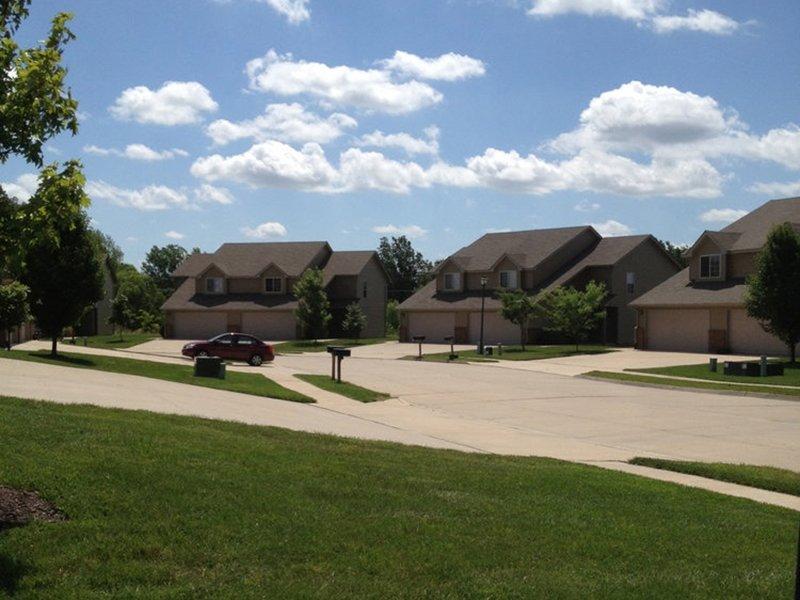 Cross Creek Villas in Columbia, Missouri