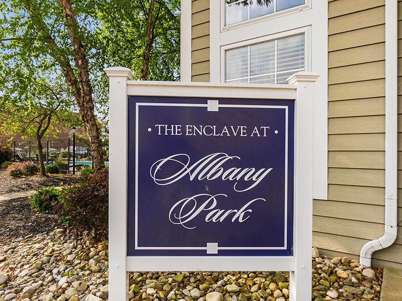 Clubhouse Sign | Enclave at Albany Park