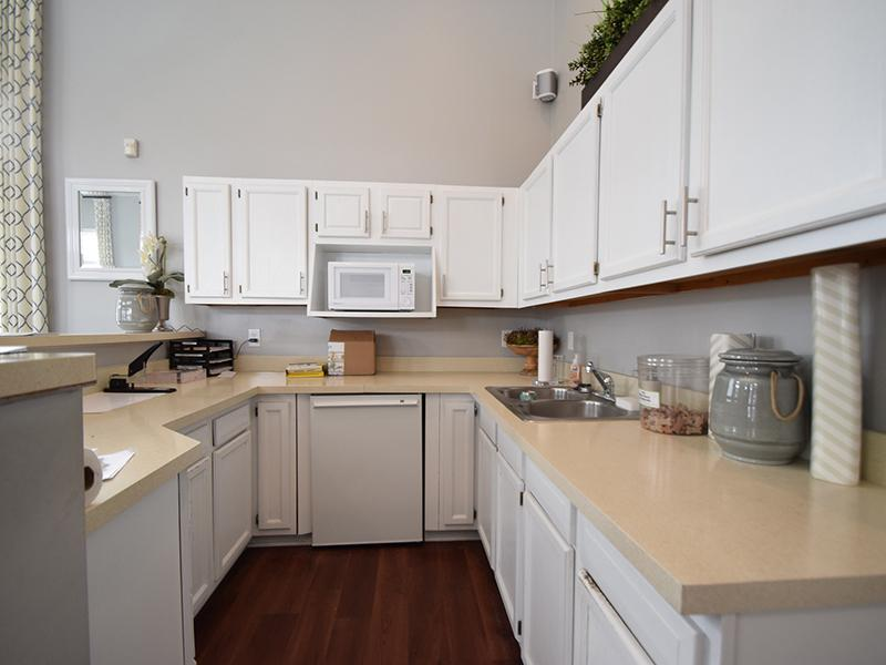 Kitchen | Enclave at Albany Park