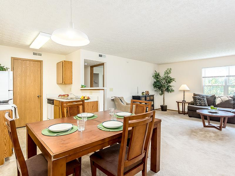 Dining Room  | Enclave at Albany Park