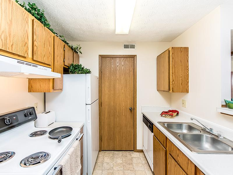 Fully Equipped Kitchen | Enclave at Albany Park
