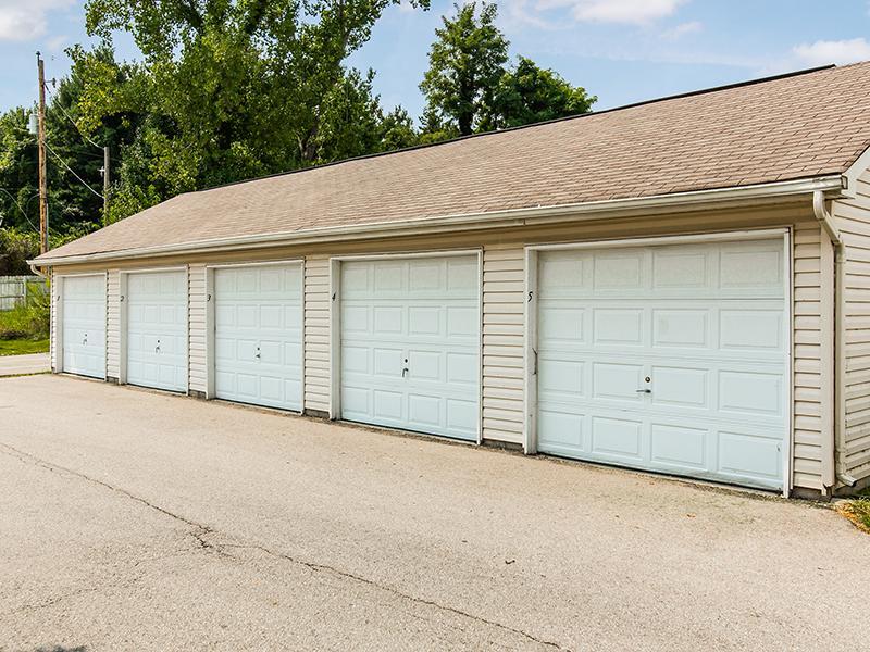 Garages | Enclave at Albany Park