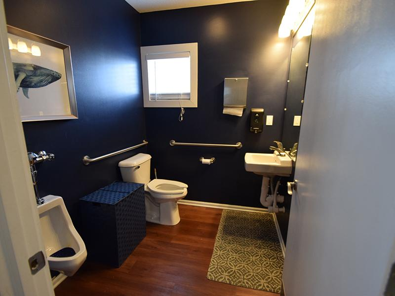 Bathroom | Enclave at Albany Park
