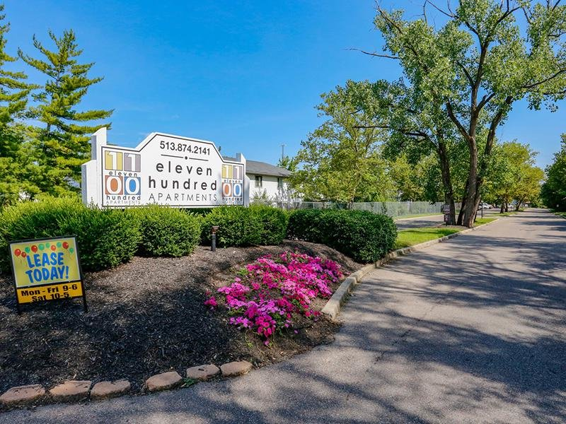 Welcome Sign | 1100 Apartments