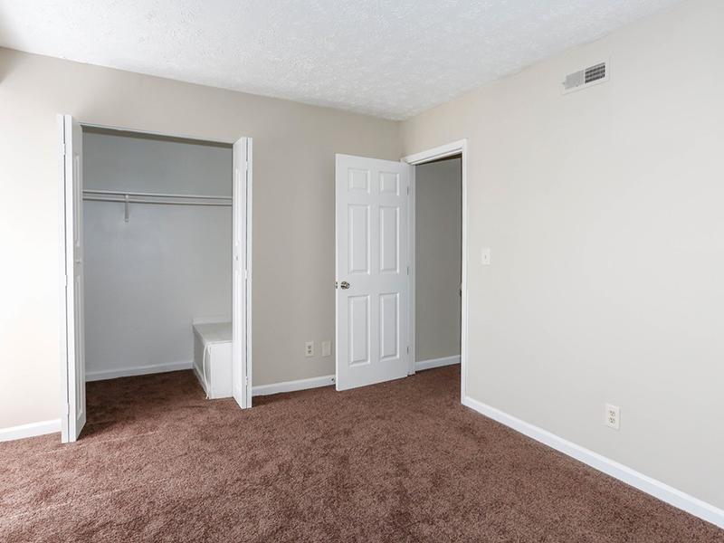 Bedroom | 1100 Apartments