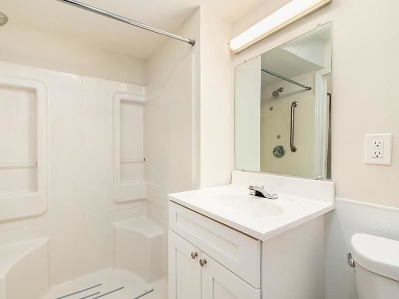 Renovated Bathroom | Marion Square
