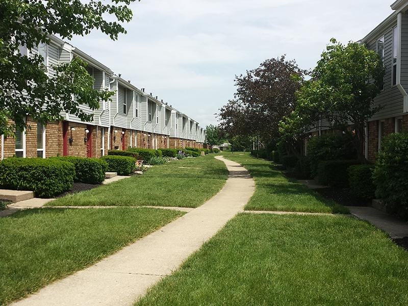 Walking Paths | Sharon Green Townhomes