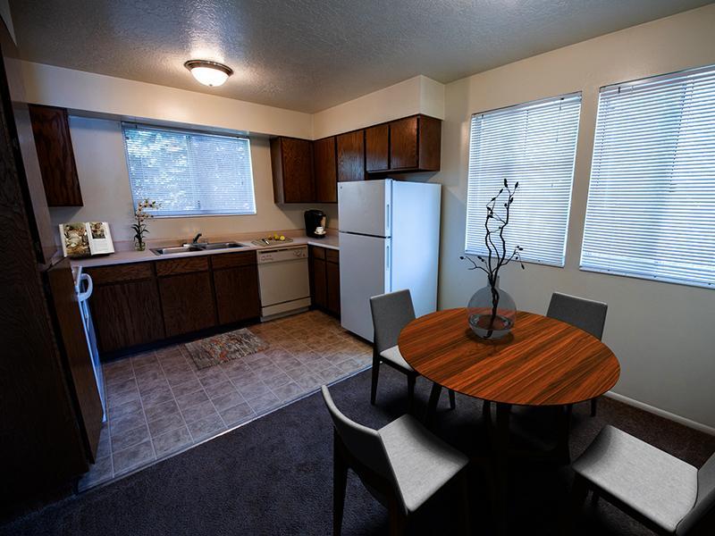 Dining Area | Mountain Ridge Manor