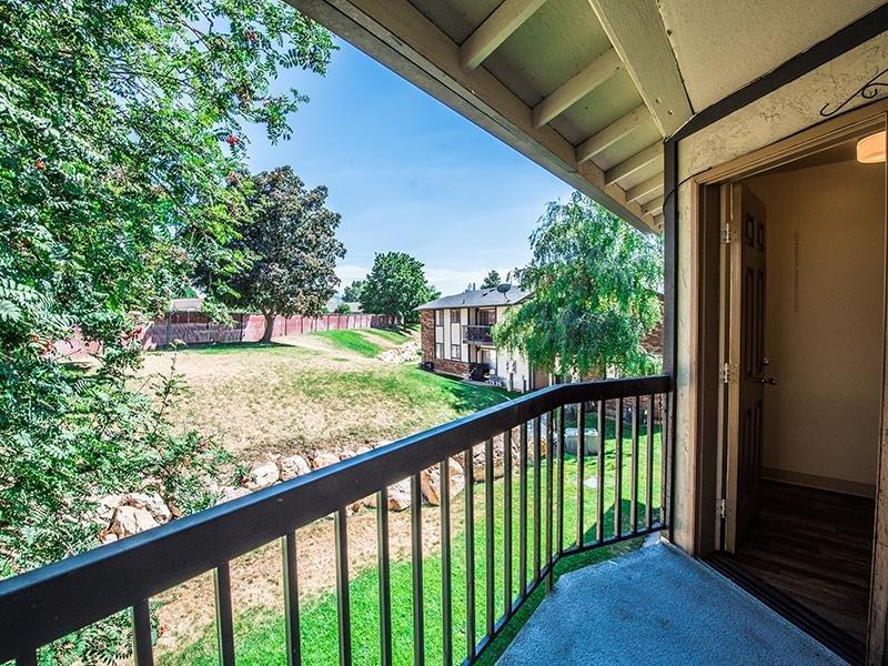 Balcony | Mountain Ridge Manor