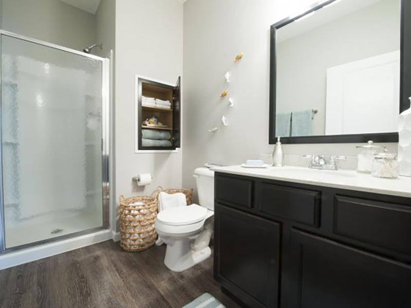Bathroom | Wesbury Park Apartments