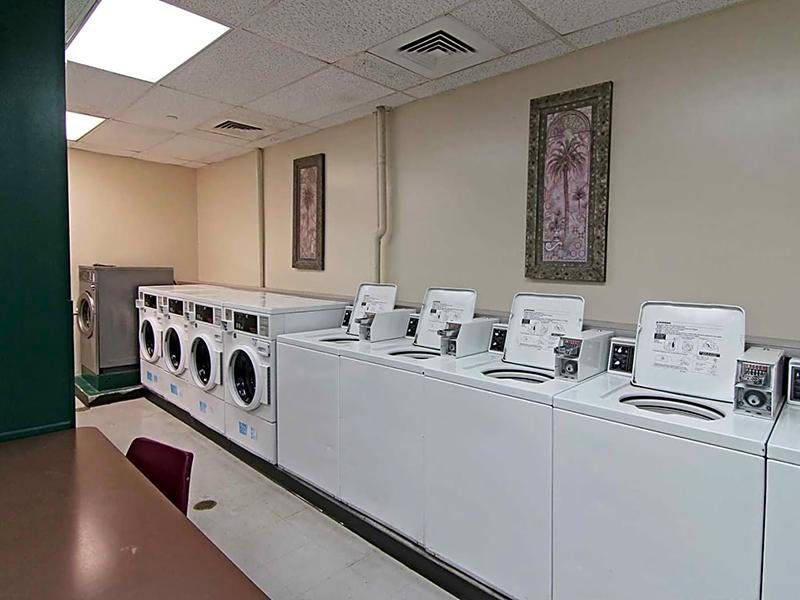 Laundry | Maple Pointe
