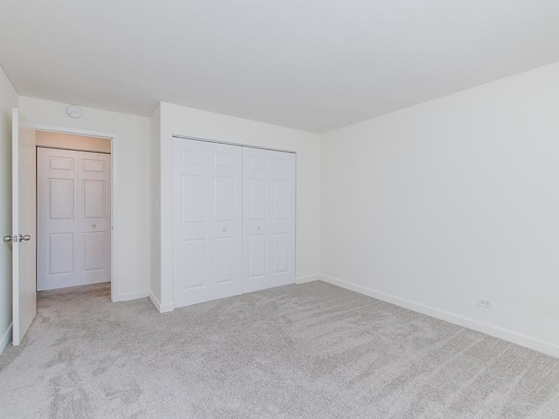 Room | Wellington Creek Apartment's in Lisle, IL