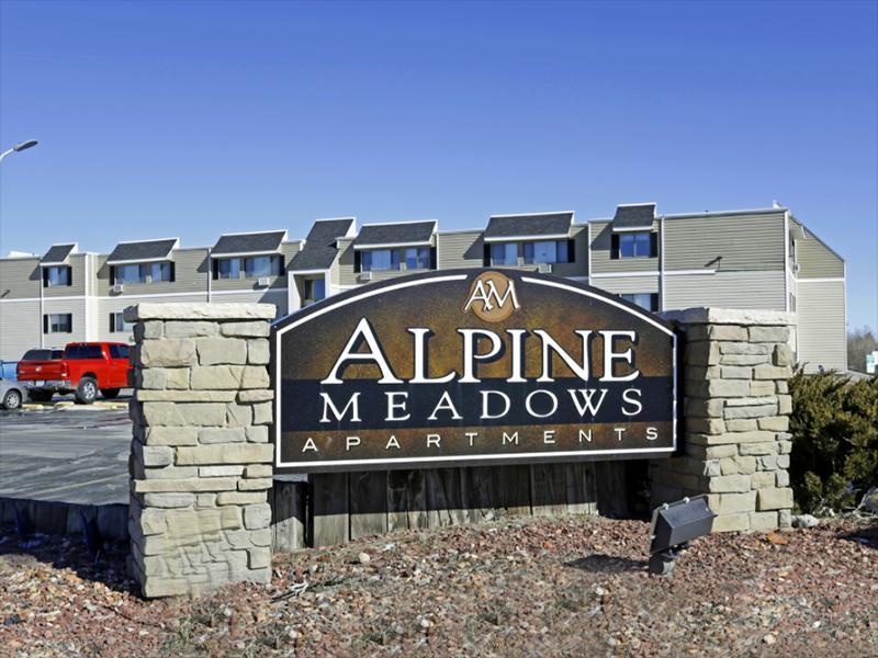 Monument Sign | Alpine Meadows