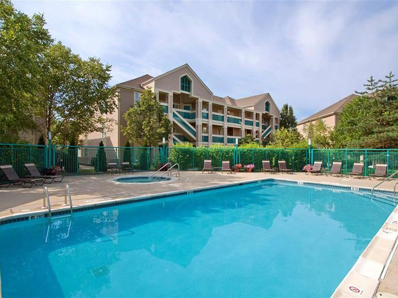 Pool | Apartments with a Pool | Gaithersburg, MD