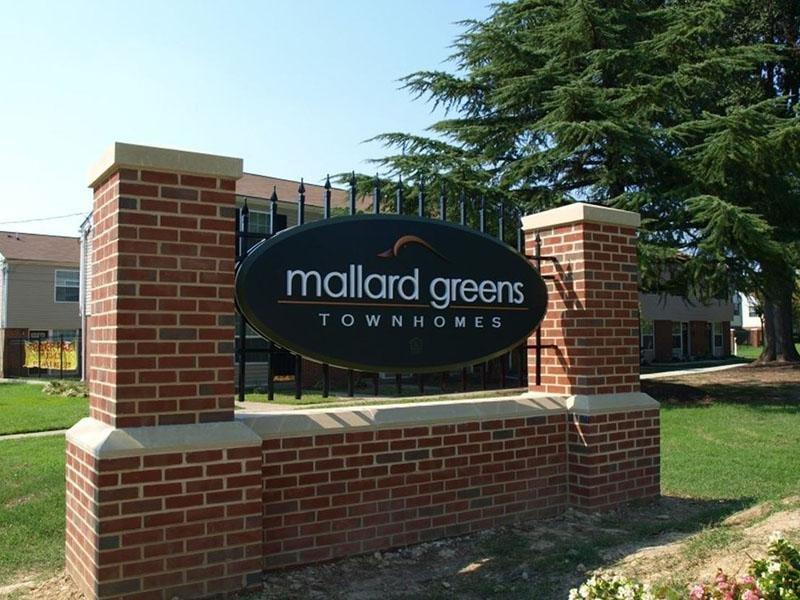Welcome Sign - Mallard Greens Townhomes - VA