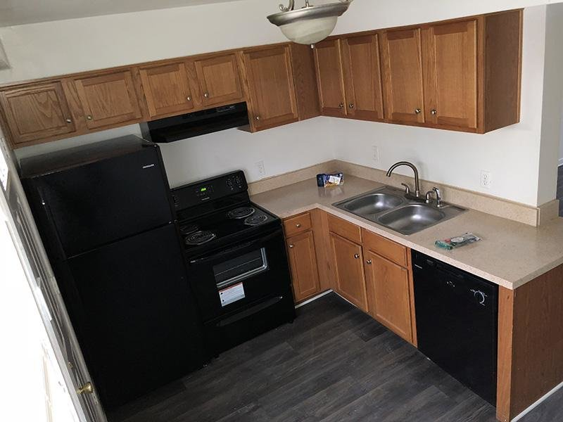 Kitchen - Mallard Green Townhomes
