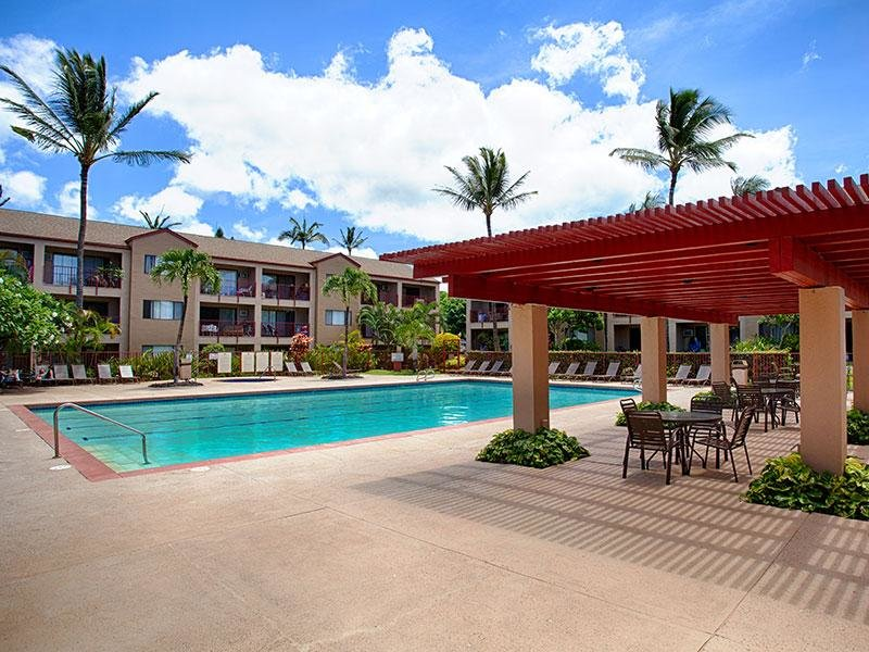 Swimming Pool | Apartments in Lahaina, HI