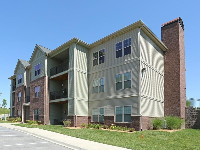 Building | Academy Park Apartments