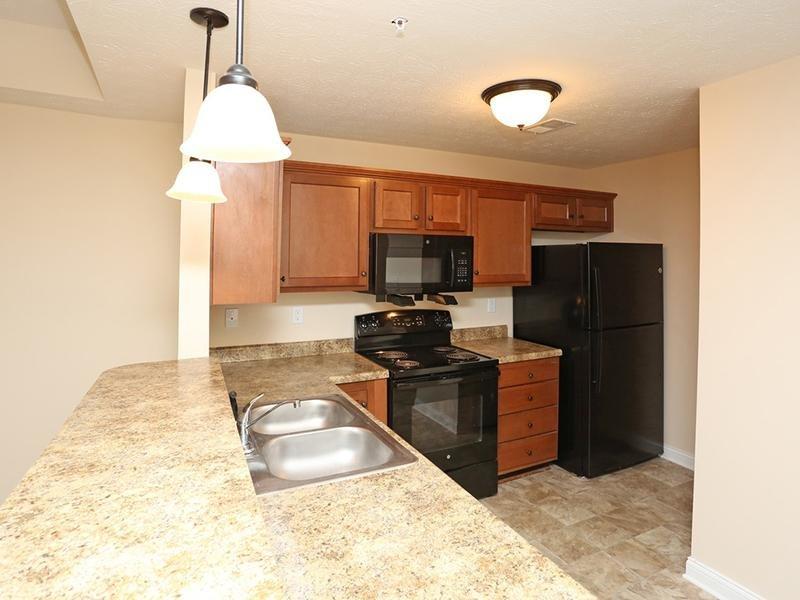 Kitchen | Academy Park Apartments