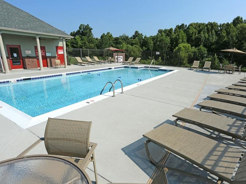 Swimming Pool | Academy Park Apartments