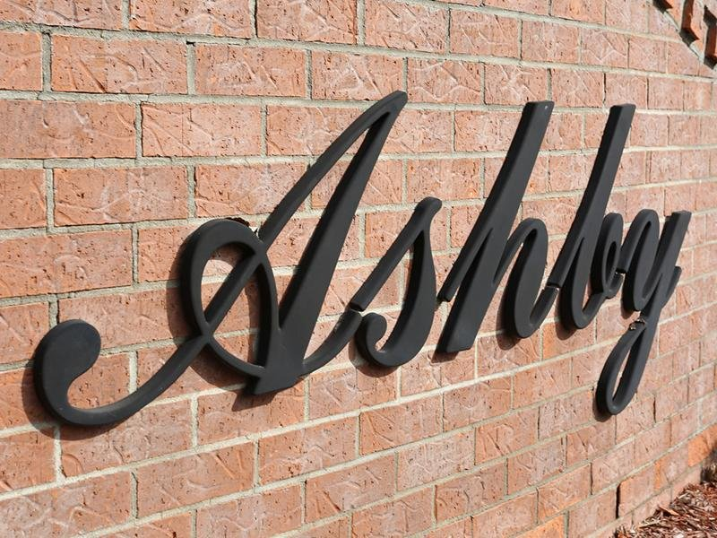 Sign | Ashby Apartments