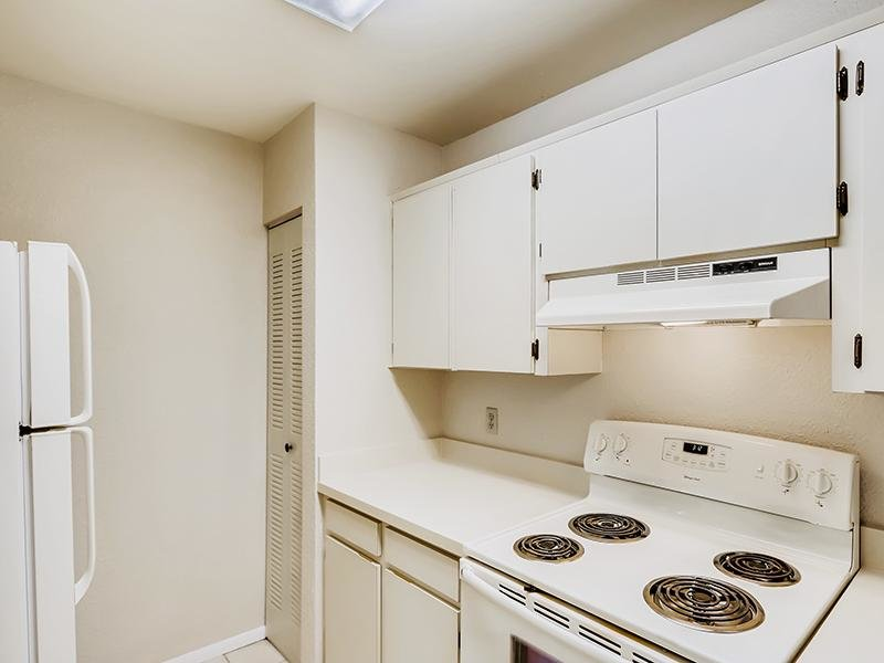 Fully Equipped Kitchen   Bocage Apartments