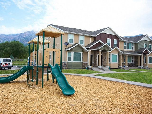 The Cove at Pleasant View Town Homes in Pleasant V