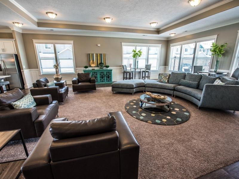Lounge | Greyhawk Townhomes