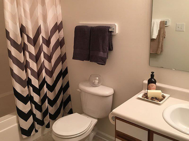 Bathroom | Hidden Lake
