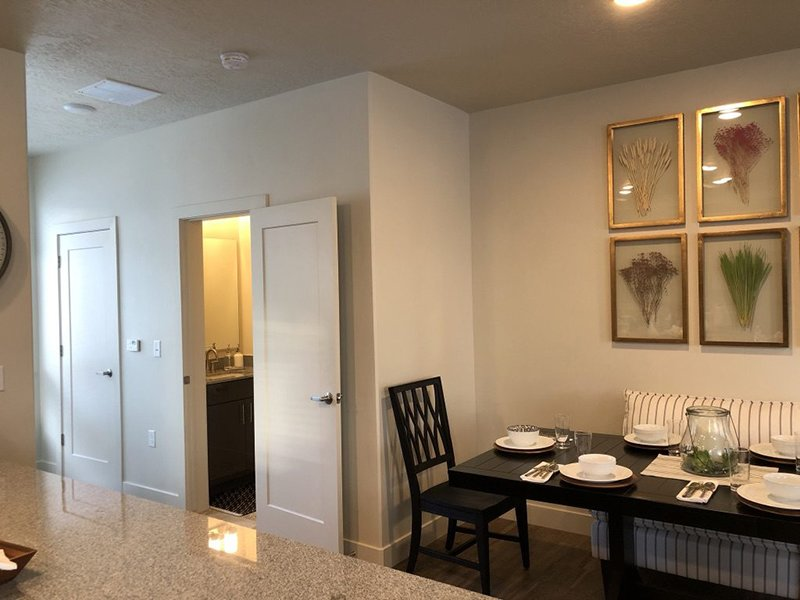 Dining Room | Majestic Townhomes