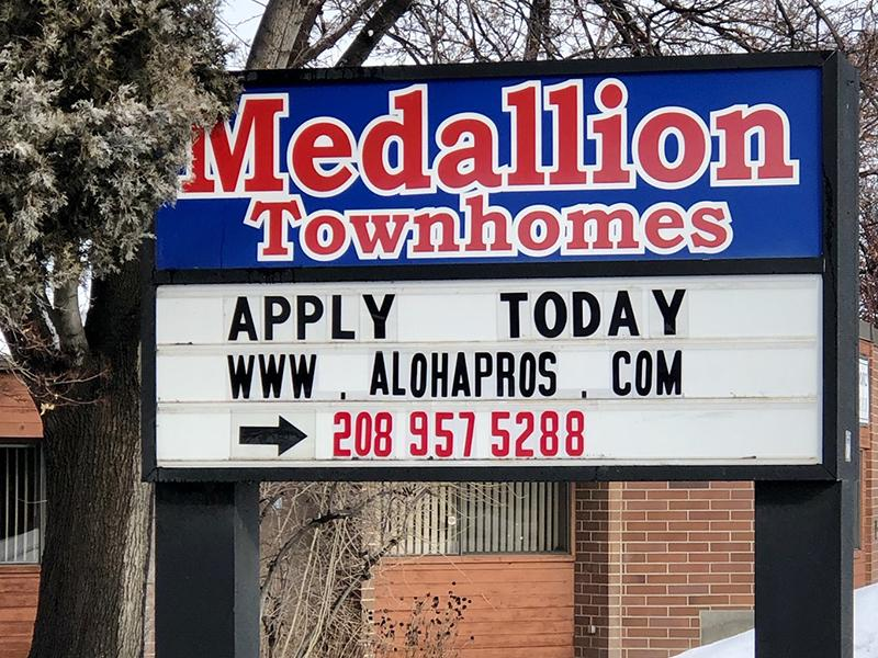 Welcome Sign | Medallion Apartments in Nampa, ID