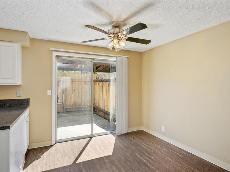 Dining Area | Medallion Apartments in Nampa, ID