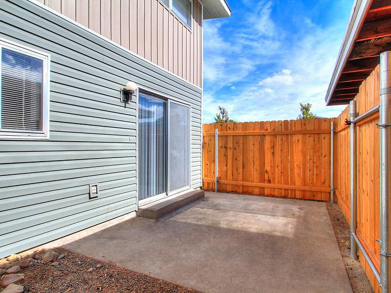 Porch | Medallion Apartments in Nampa, ID