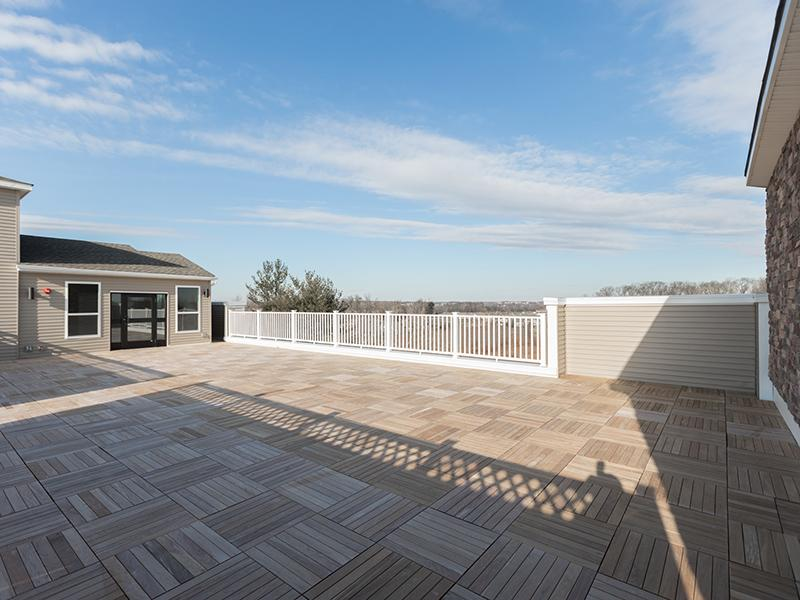 Rooftop Lounge   222 Park Place Apartments