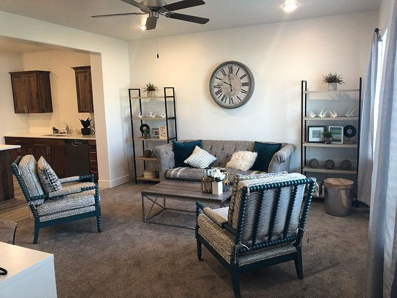 Living Room | Apartments in Eagle Mountain