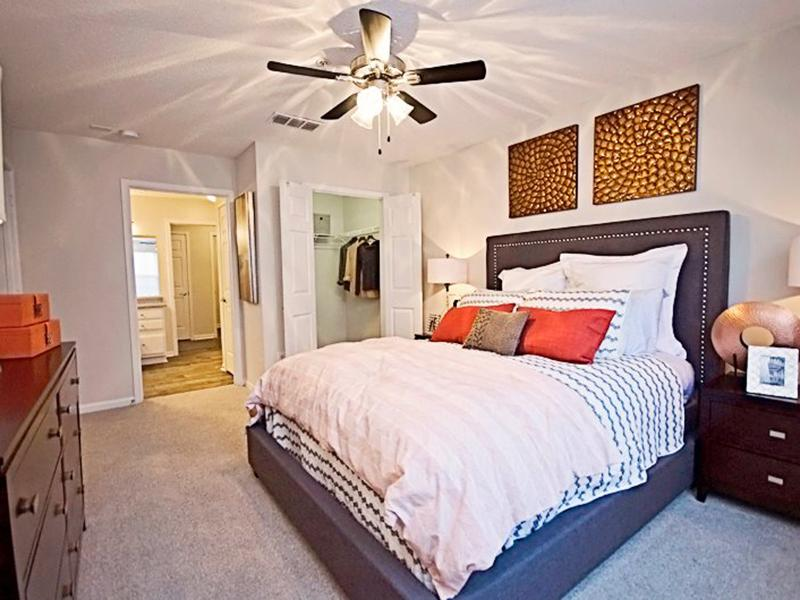 Bedroom | Shadow Ridge Apartments