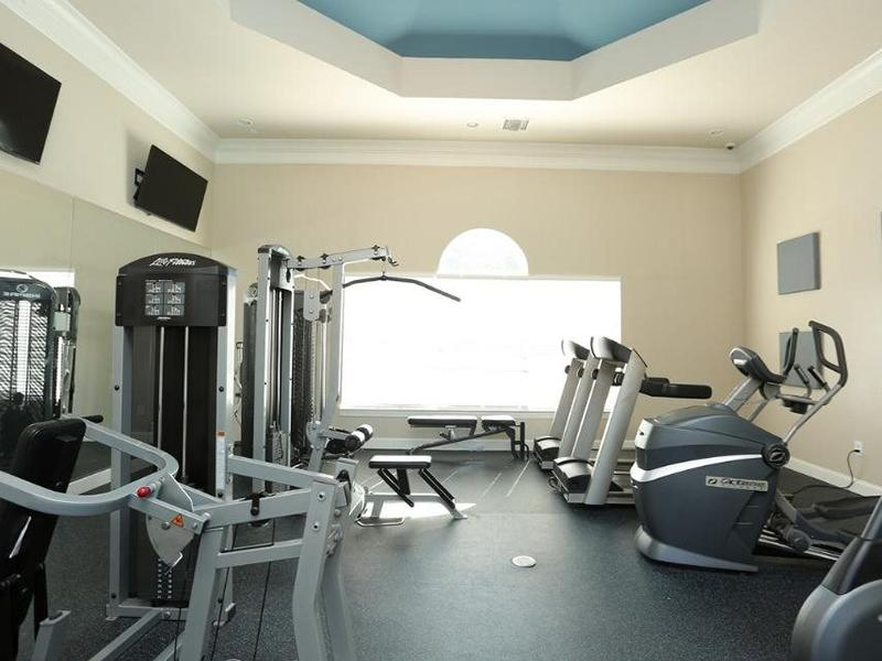 Fitness Center | Shadow Ridge Apartments