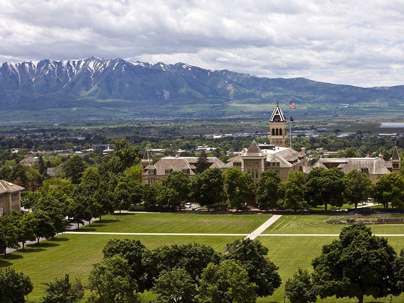 Utah State University nearby Smithfield Station Townhomes Apartment Community