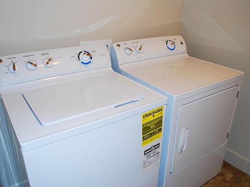 Washer & Dryer | South Ridge Apartments in South Jordan, UT