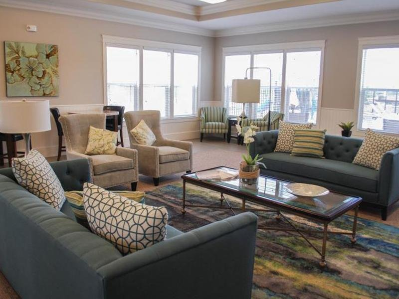 Living Room | South Ridge Town Homes