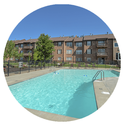 Lawrence Apartment Amenities at Village 1