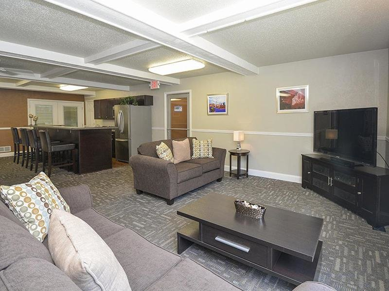Club House Lounge | Village 1 Apartments