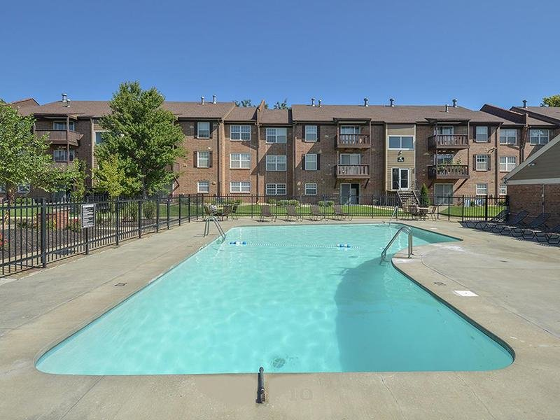 Swimming Pool | Village 1 Apartments