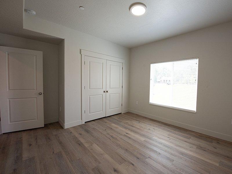 Spacious Bedroom   Ogden Flats Apartments in Ogden, UT