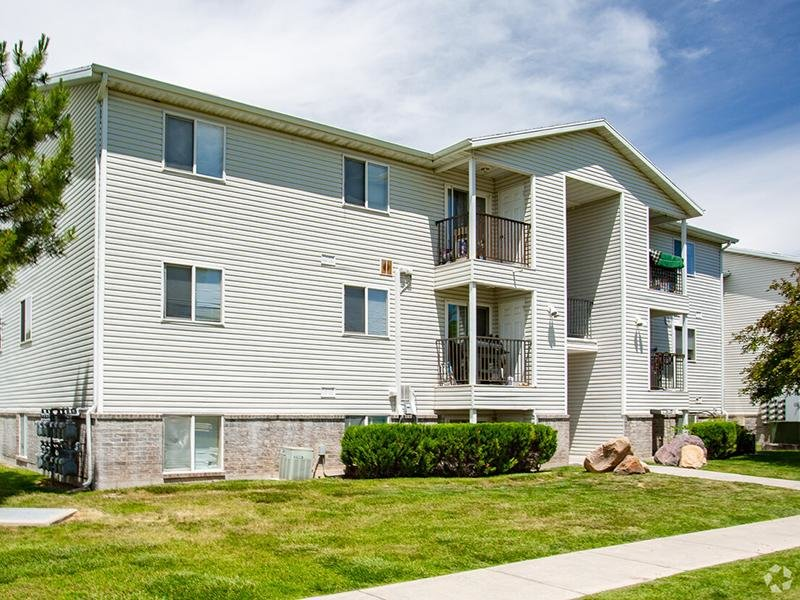 Exterior | North Pointe Apartments