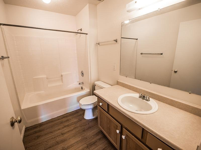 Bathroom | Canyon Pointe Apartments