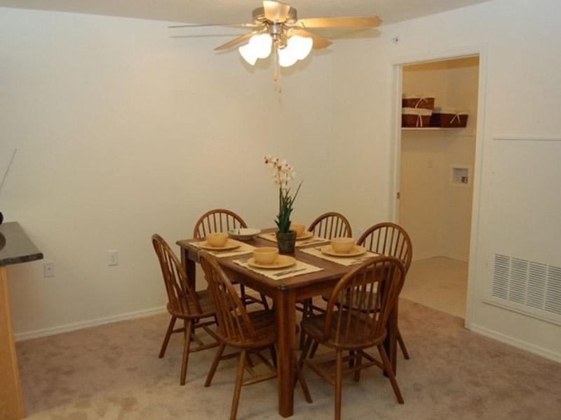 Dining Area | Bridger Pointe Apartments