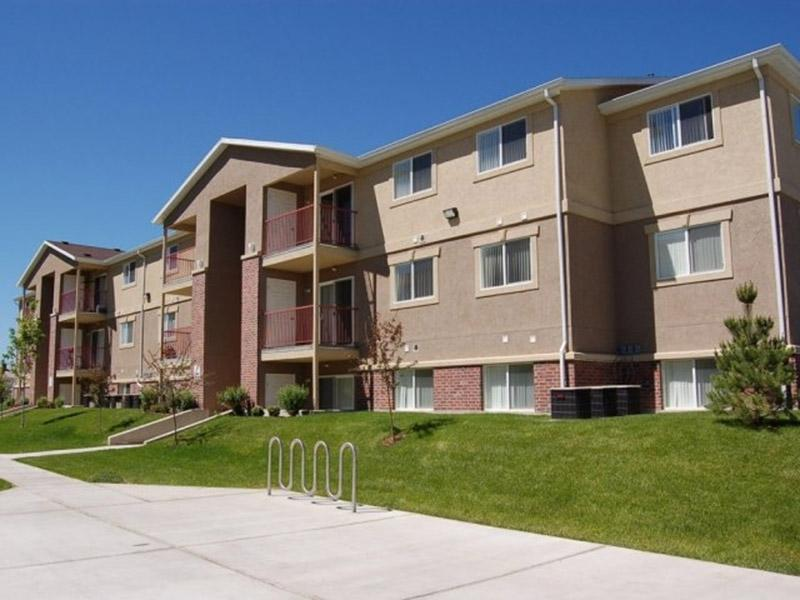 Exterior | Apartments in North Logan, UT